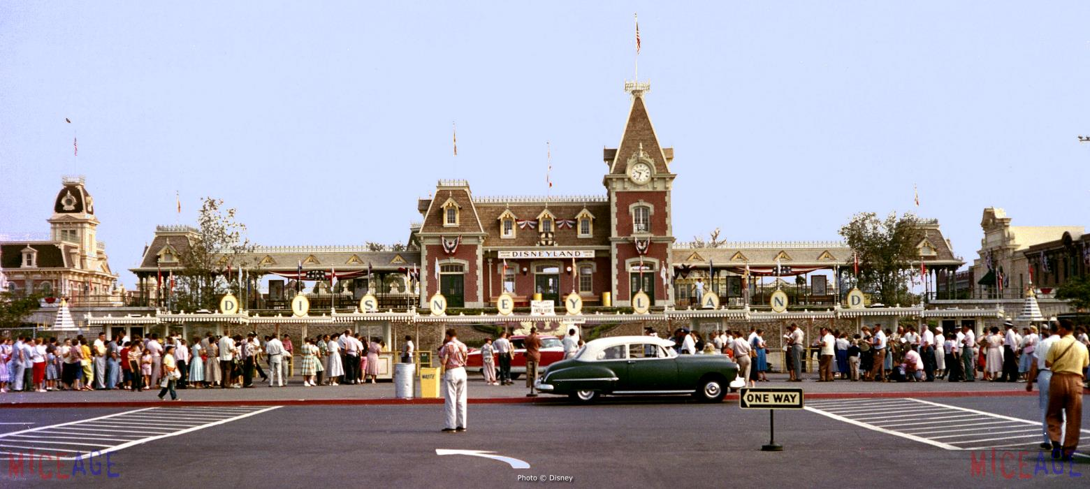 miceage com a different look at disney we cap off our photo essay today this super sized late 50s era publicity shot of the park s main entrance be sure to scroll this page to the right to