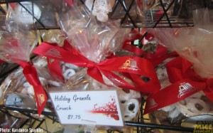 Holiday Granola Crunch – $7.25