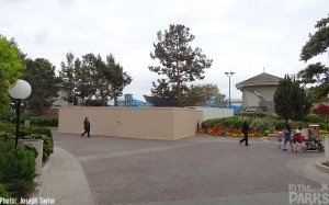 Walls have popped up behind Shamu Stadium. They seem to do this a couple times a year, so I don't think we should expect much, if anything at all…
