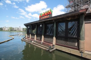 Unrelated: Lava Lounge bar taking form behind Rainforest Cafe.