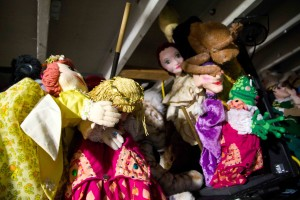There are puppets everywhere backstage!