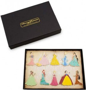 PinPics#85994 Disney Princess Designer Collection, Limited Edition of 150. Released Aug 2011, $199.95