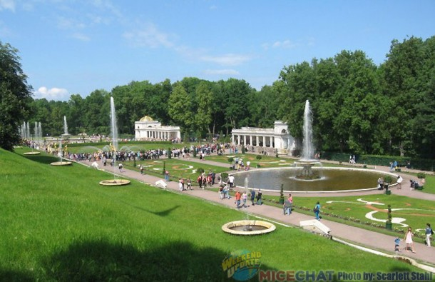Fountains on the grounds of Peterhof