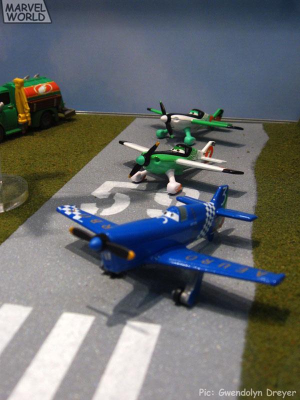 Mattel-Planes-Runway