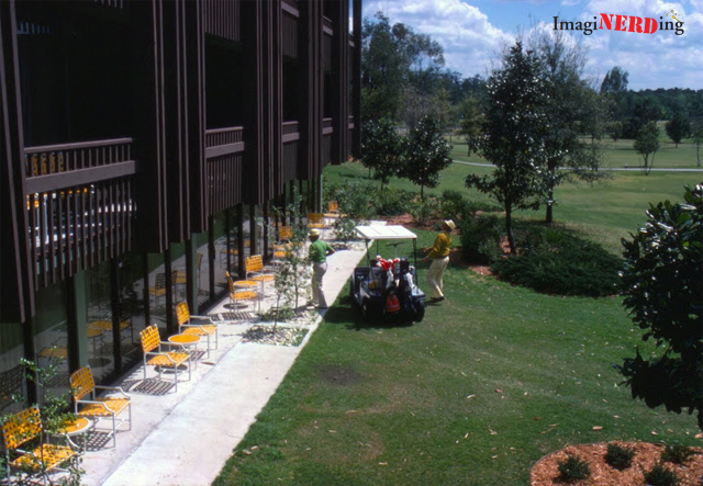 golf-resort-exterior-1978-02