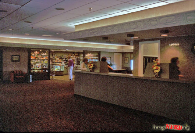 golf-resort-lobby-1978-01