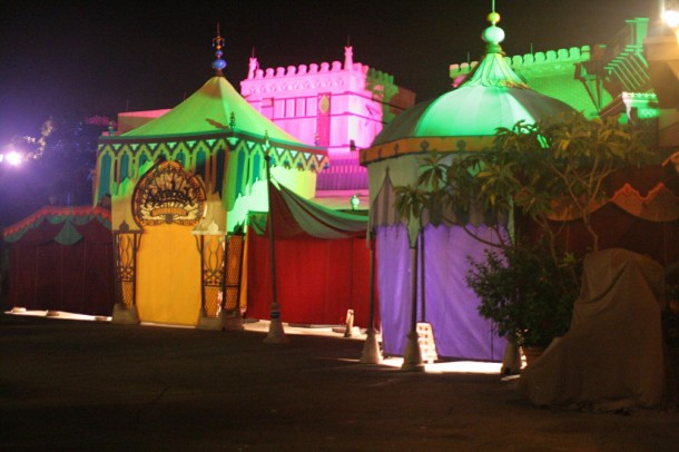 Adventureland looks great! In 2009. This year it did not have such festive colors.