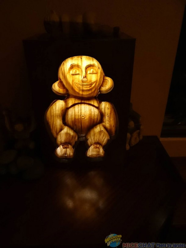 Haunted Mansion-like Menehune: it's eyes follow you wherever you go