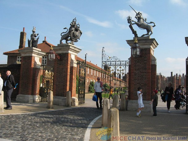 Gates at Hampton Court