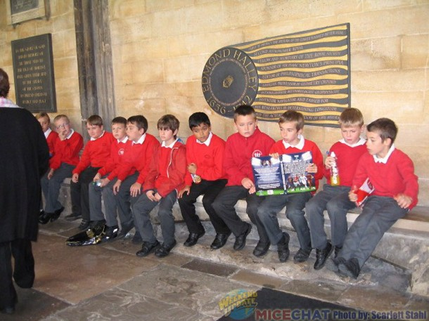 School boys at Westminster Abbey