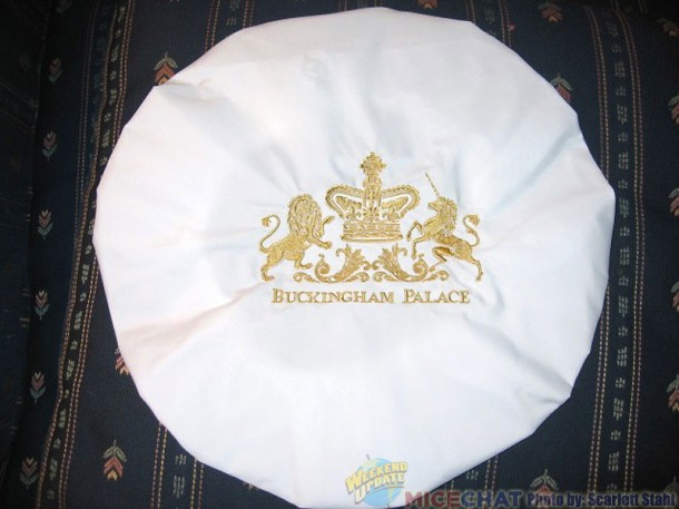 Buckingham Palace shower cap