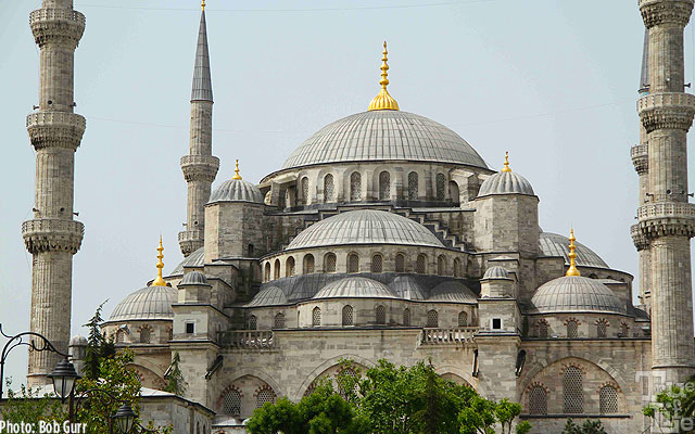 Exterior of the Istanbul Blue Mosque