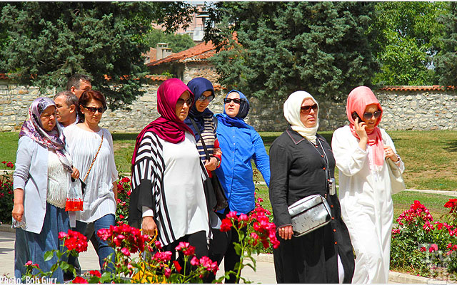 Turkish ladies are seen everywhere in stylish dress