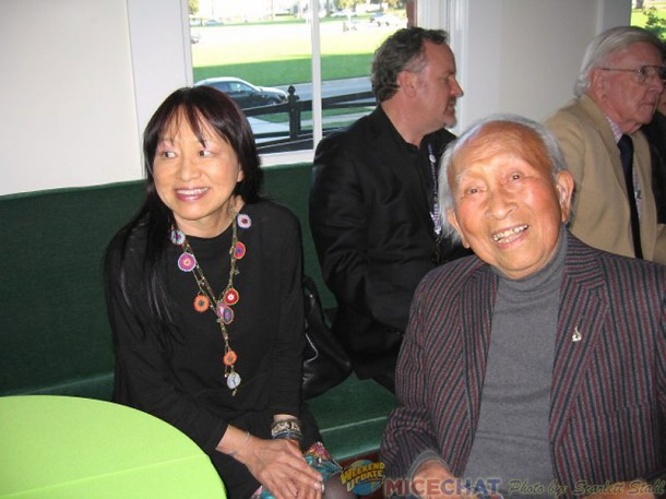 Tyrus Wong and his daughter