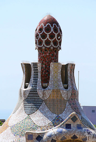 This chimney is surely a monument to Gaudi's artistic eye