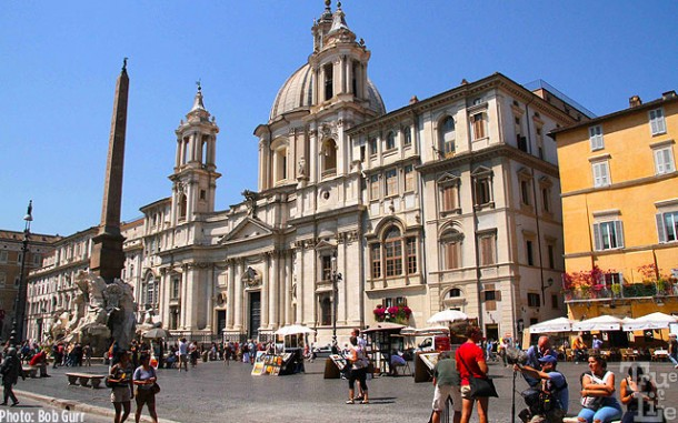 Plaza Navona is surrounded by beautiful buildings - a tourists treat