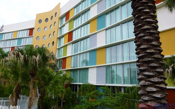 The outside of the Cabana Bay Beach Resort's family suites