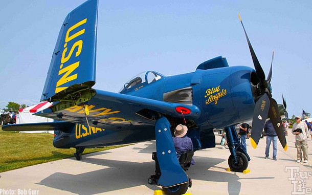 WWII Grumman Bearcat in the Blue Angels color scheme