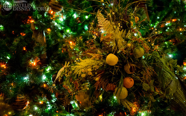 Details of the tree over at Animal Kingdom Lodge - Jambo House.