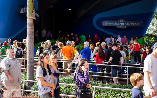 Long lines for all attractions being the week of Christmas.