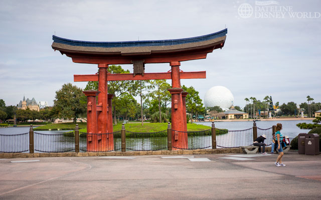Even during the busiest times, if you rope drop World Showcase, you'll get emptiness.