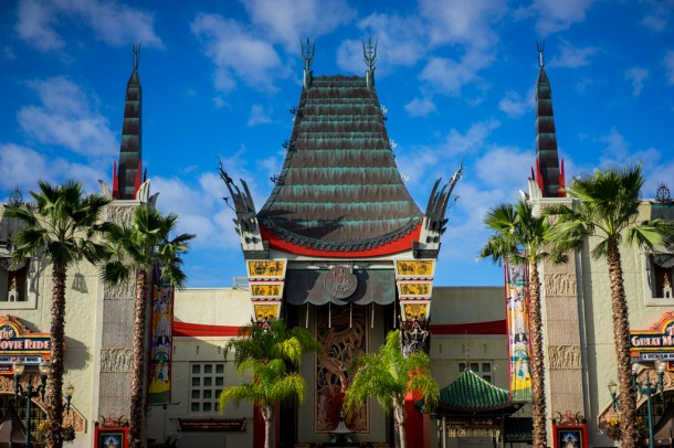 Couldn't come to the park without taking hat-less Chinese Theater shots.