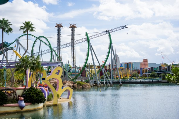 Another view on the Hulk coaster.