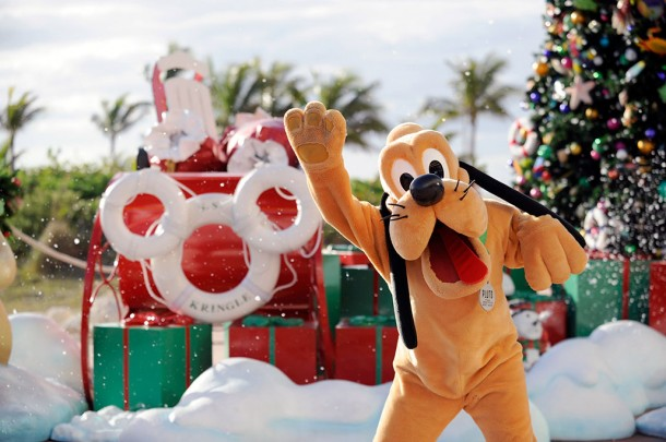 winter_holiday_05_copyright_disney_cruise_line
