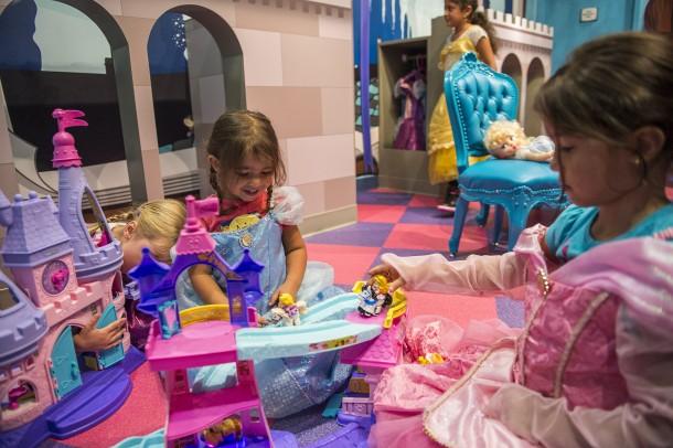 Child-Sized Fun in LiloÕs Playhouse at DisneyÕs Polynesian Village Resort