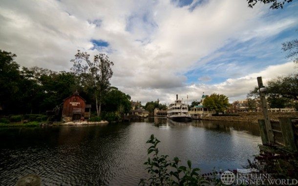 Beautiful day at the Rivers of America.