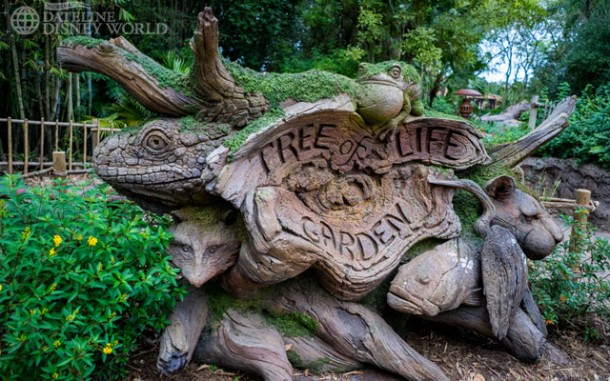 The Tree of Life Garden sign has moved from the front of the park to over by Starbucks/Pizzafari. Perhaps it'll be reopening soon with no nets?