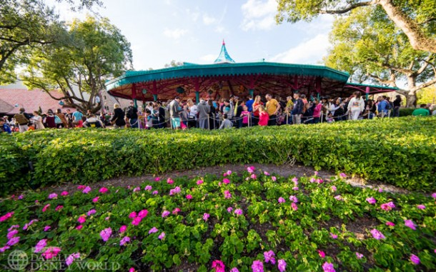 Extended queue was in use for the Mad Tea Party.
