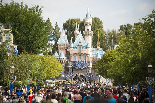 MA-Castle-Crowds