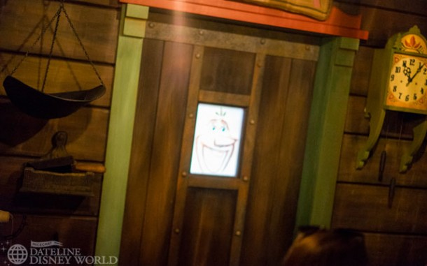 There's a screen in the sauna with some fun effects involving Oaken.