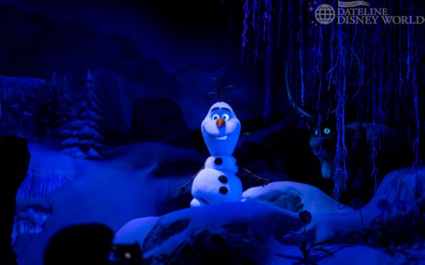 Olaf has multiple scenes in the attraction.