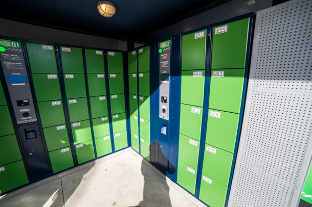 The lockers are new and just require the barcode on your park ticket to use.