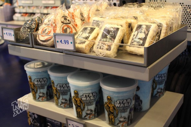 Star Wars Rice Krispy Treats and Blue Cotton Candy @ Star Trader