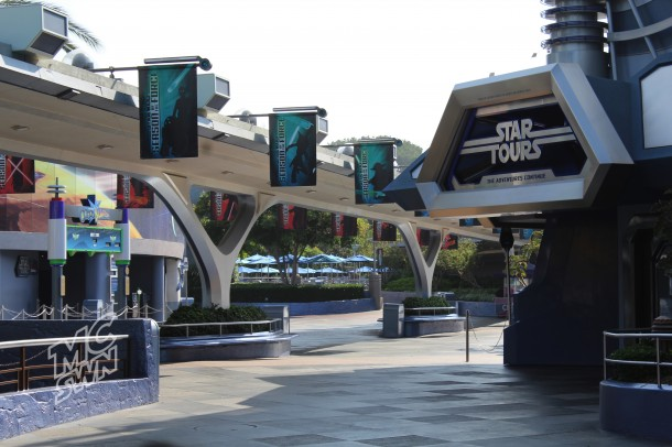 Tomorrowland just prior to rope drop.