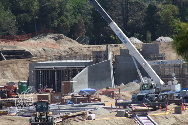 It looks like this archway will be the entrance from Fantasyland and Frontierland, with the DLRR going over the top.