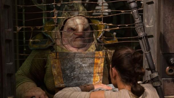 Simon Pegg in The Force Awakens.