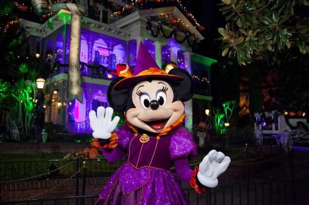MICKEY'S HALLOWEEN PARTY (ANAHEIM, Calif.) – Guests will celebrate Halloween Time at the Disneyland Resort as they interact with some of Disney's most beloved characters decked out in seasonal costumes, including Minnie Mouse. Mickey's Halloween Party returns for 17 nights in 2016 beginning Friday, Sept. 23. Guests are encouraged to dress up for a ghoulish good time and enjoy seasonal scares such as Space Mountain Ghost Galaxy and Haunted Mansion Holiday. (Paul Hiffmeyer/Disneyland Resort)