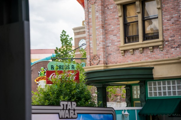 You can see the Muppet Vision marquee from over by the Sci-Fi Dine in!