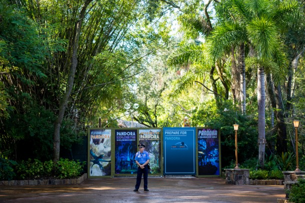 There is a security guard positioned at the entrance to Pandora. Looks like they are trying to keep this all a big secret.