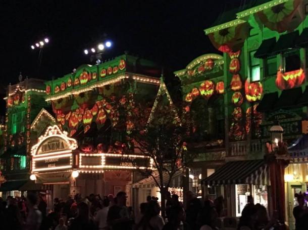 Mickeys-Halloween-Party-Main-Street
