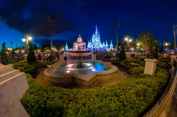 It's amazing to see how many people just stand in awe of the castle with the lights on.