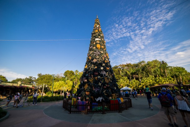 Animal Kingdom's tree is out front once again.