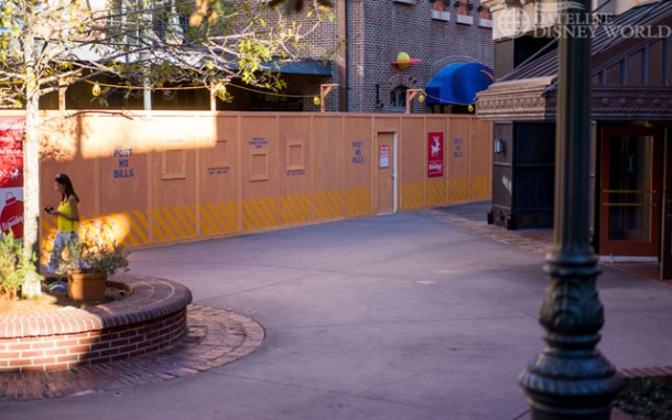 Walls went up at the old Pizza Planet, and had lots of Muppet clues.
