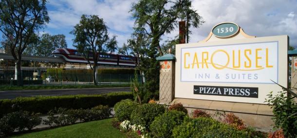 Carousel-Inn-croppedmonorailsignshot