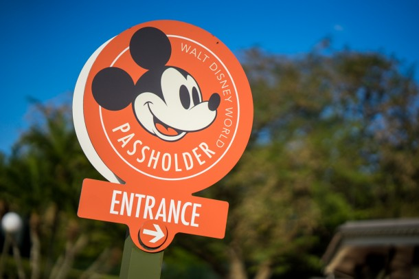 There is a new dedicated entrance for annual pass holders!