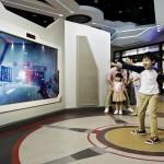 Hong_Kong_Disneyland_Expo_Shop_Become_I_0_Original